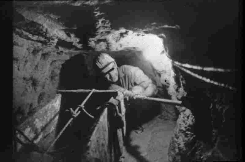 Tunnel Diggers Under The Berlin Wall