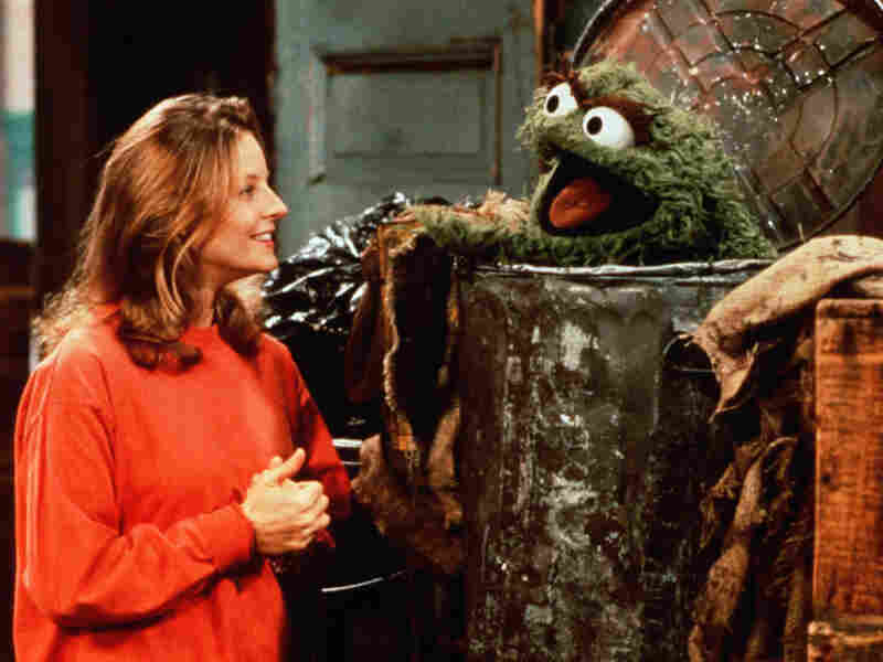 Jodie Foster and Oscar the Grouch in 'Sesame Street'