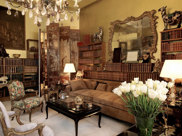 [Interactive:Take A Tour Of Coco Chanel's Paris Apartment]