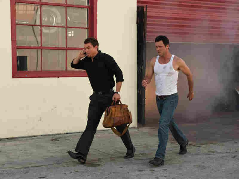 Jeffrey Donovan and Seth Peterson in 'Burn Notice'