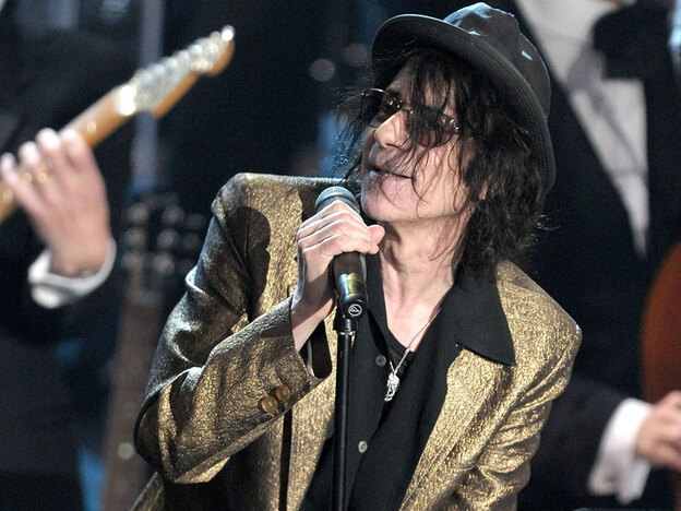 "As a radio DJ in Boston, Peter Wolf was known as ""The Wolfa Goofa."" As a solo artist, he expanded the name, calling himself ""Woofa Goofa Mama Toofa."" (Getty Images Entertainment)"