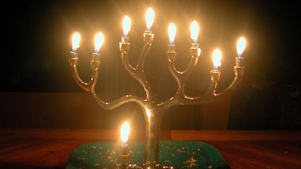 Hanukkah Lights 2010 & Hanukkah Lights: Stories of the Season : NPR azcodes.com