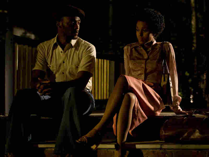 Anthony Mackie and Kerry Washington in Night Catches Us