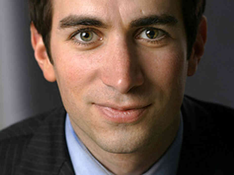 Journalist Andrew Ross Sorkin