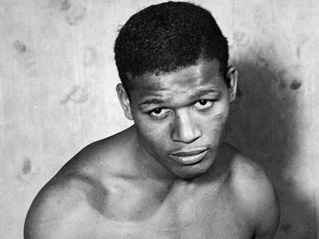 [Interactive:Photos of Sugar Ray Robinson]