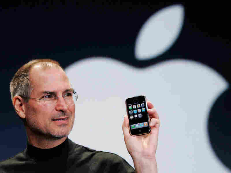 Steve Jobs introduces the iPhone in 2007.
