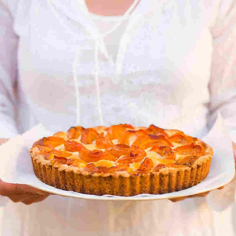 Aprium Almond Tart
