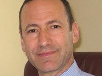 Daniel Carlat