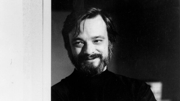 "Among the songwriting ""sins"" Sondheim identifies as traps: substituting rhyme for character, strained jokes, redundant adjective padding and inconsistency. (AP)"