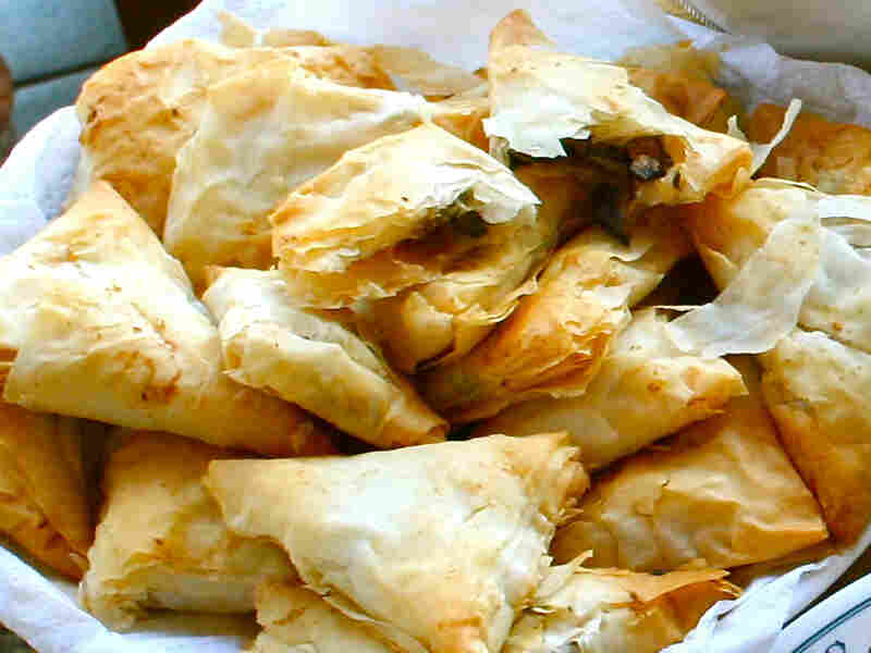 Manitaropitakia (Mushroom-Filled Phyllo Triangles)