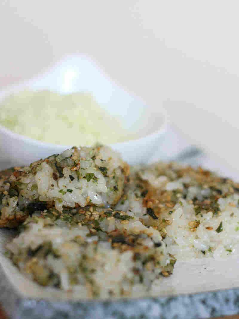 Wasabi-Sesame Rice Cakes with Mascarpone Dip