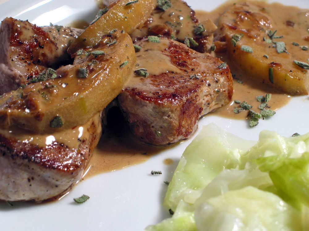 Pork Medallions In Calvados And Apple Cream Sauce