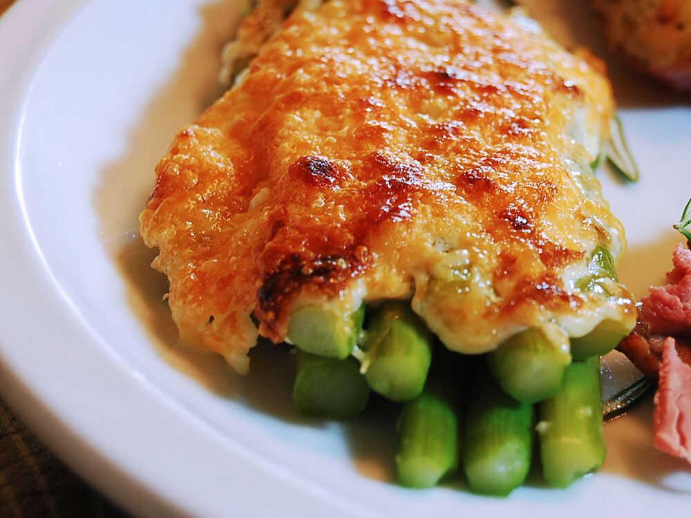 Asparagus With Garlic-Dill Mayonnaise