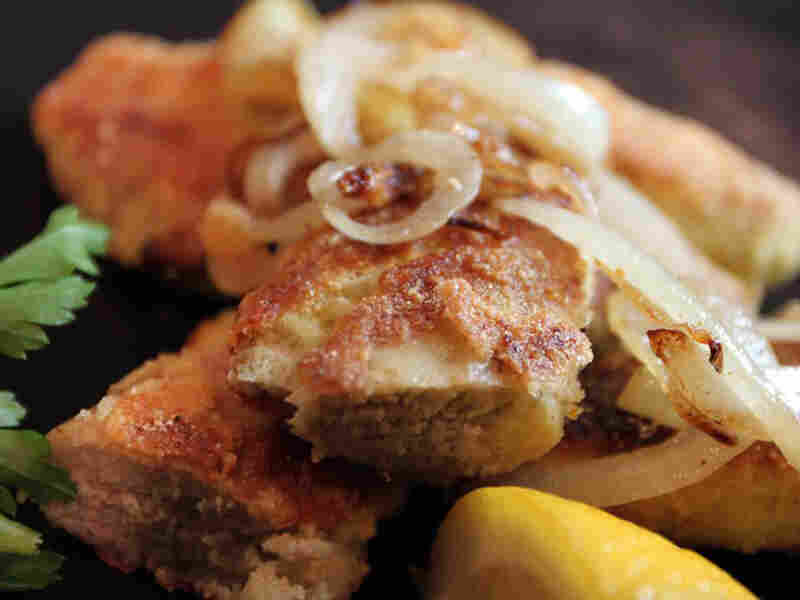 Sauteed White Perch Roe With Onions And Garlic
