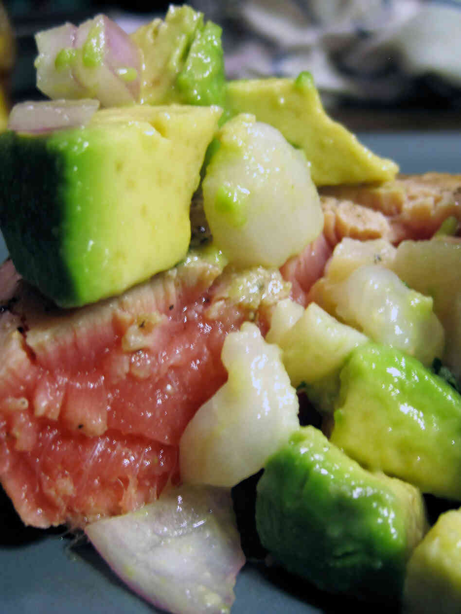 Seared Tuna Steaks With Lychee Salsa