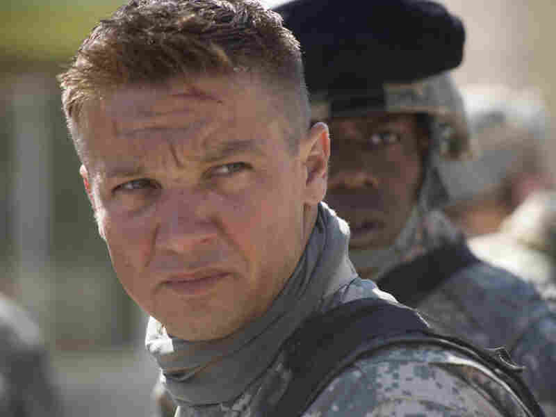 Jeremy Renner and Anthony Mackie in 'The Hurt Locker'