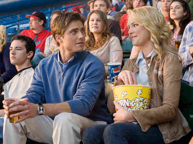 Eric Winter and Katherine Heigl in 'The Ugly Truth'