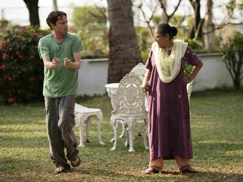 Chris Kattan and Ruma Sengupta in 'Bollywood Hero'