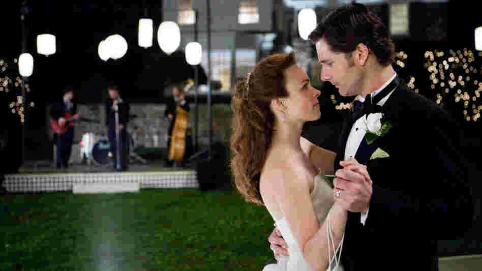 Rachel McAdams and Eric Bana in 'The Time Traveler's Wife'