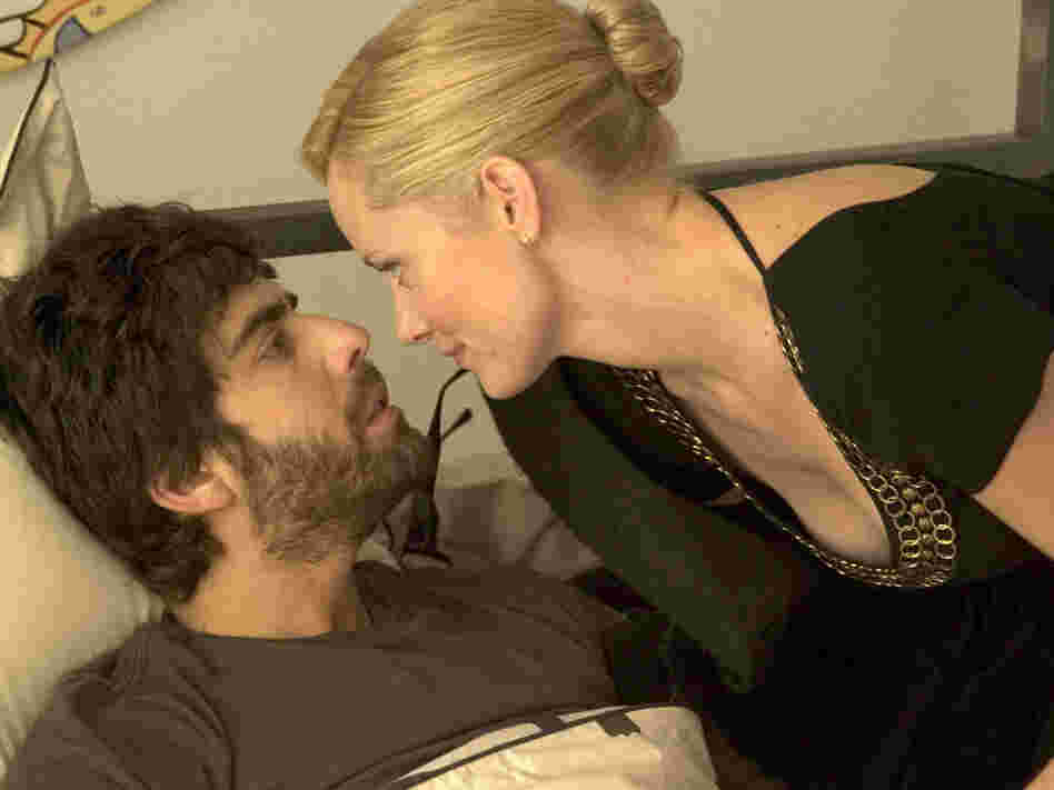 Adam Goldberg and Marley Shelton in '(Untitled)'