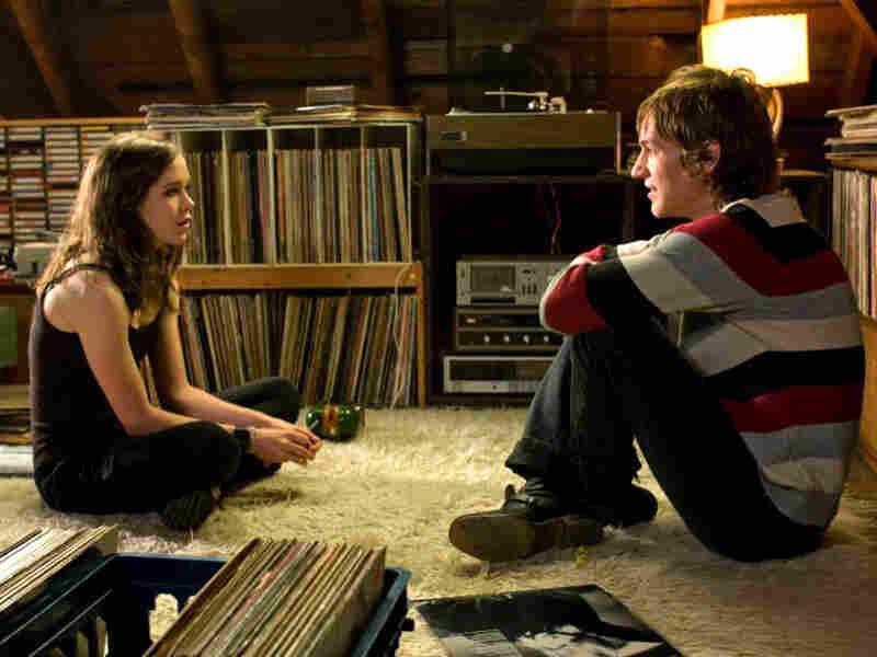 Ellen Page and Landon Pigg in 'Whip It'