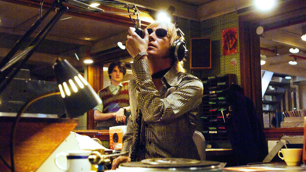 W: Rhys Ifans in 'Pirate Radio'