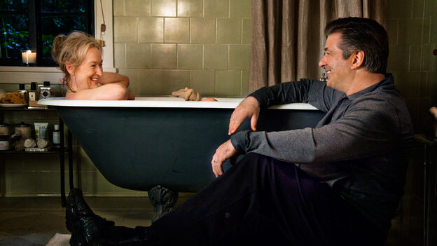 W: Meryl Streep and Alec Baldwin in 'It's Complicated'