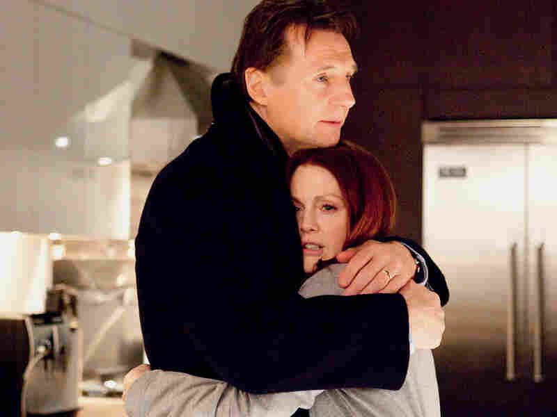 Liam Neeson and Julianne Moore