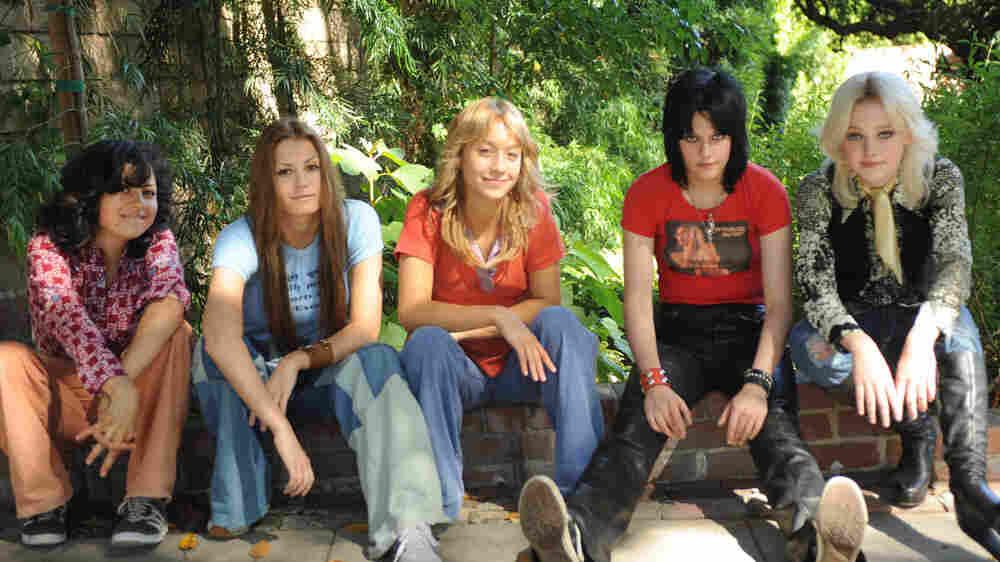 The Runaways cast: Alia Shawkat, Scout Taylor-Compton, Stella Maeve, Kristen Stewart, Dakota Fanning