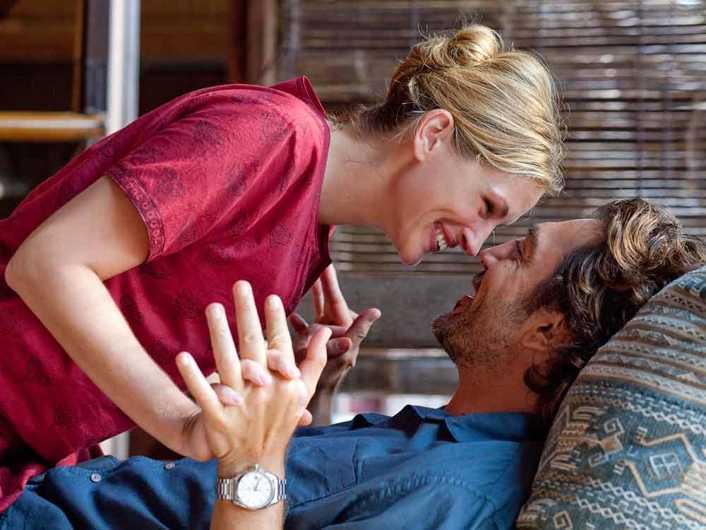 Alpha Omega Arts: Movie Review: Eat, Love & Pray
