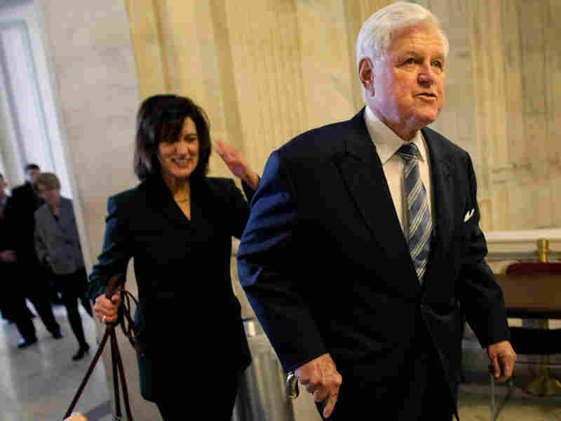 edward kennedy returns to senate after treatment for brain tumor