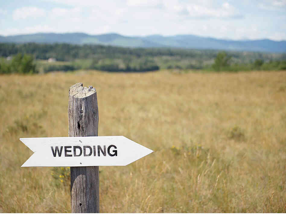 Wedding sign.