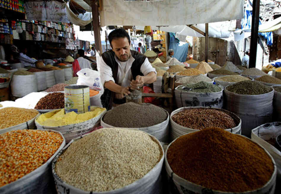 A spice vendor in Yemeni