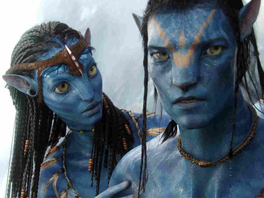 Avatars Neytiri and Jake.