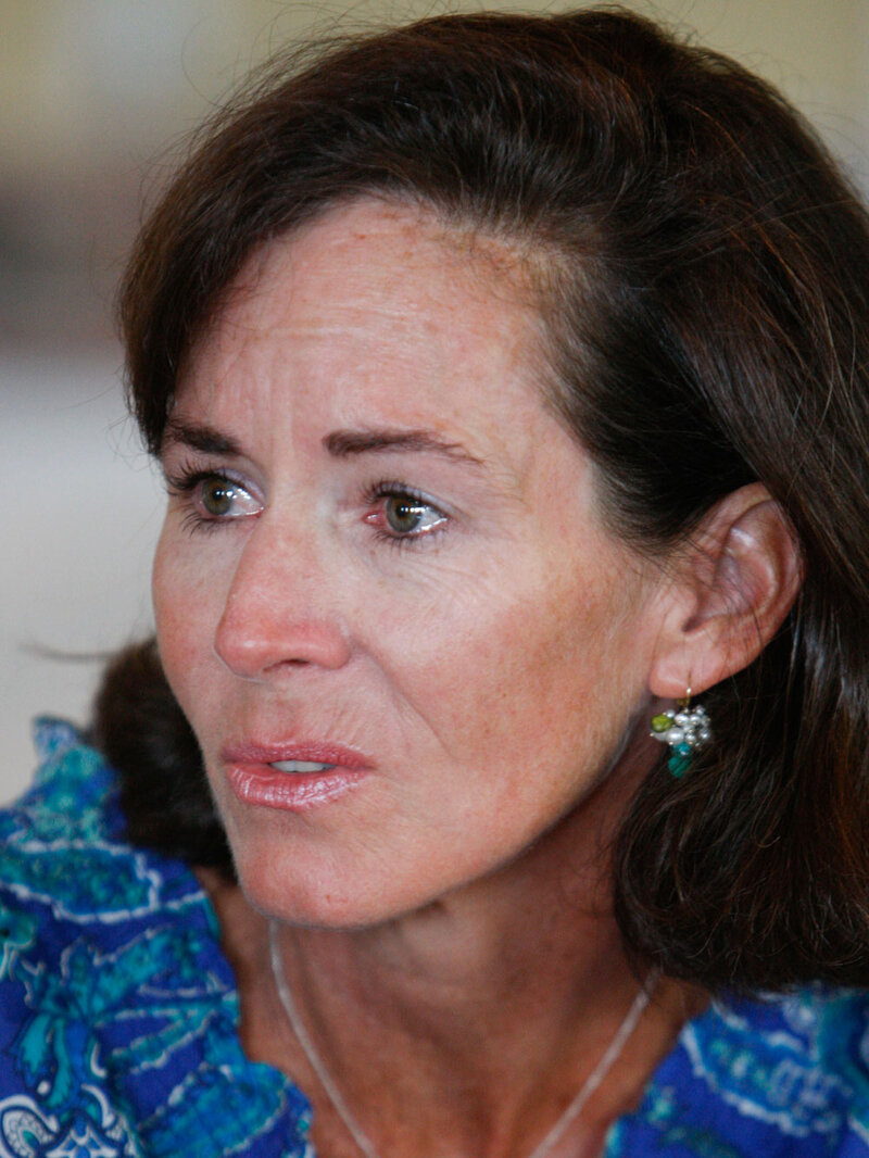 Sanfords Wife Is Moving Out Of Sc Governors Mansion The Two