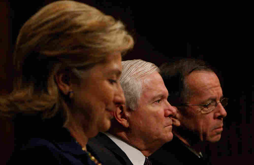 From left, Secretary of State Hillary Rodham Clinton, Defense Secretary Robert Gates, and Joint Chie