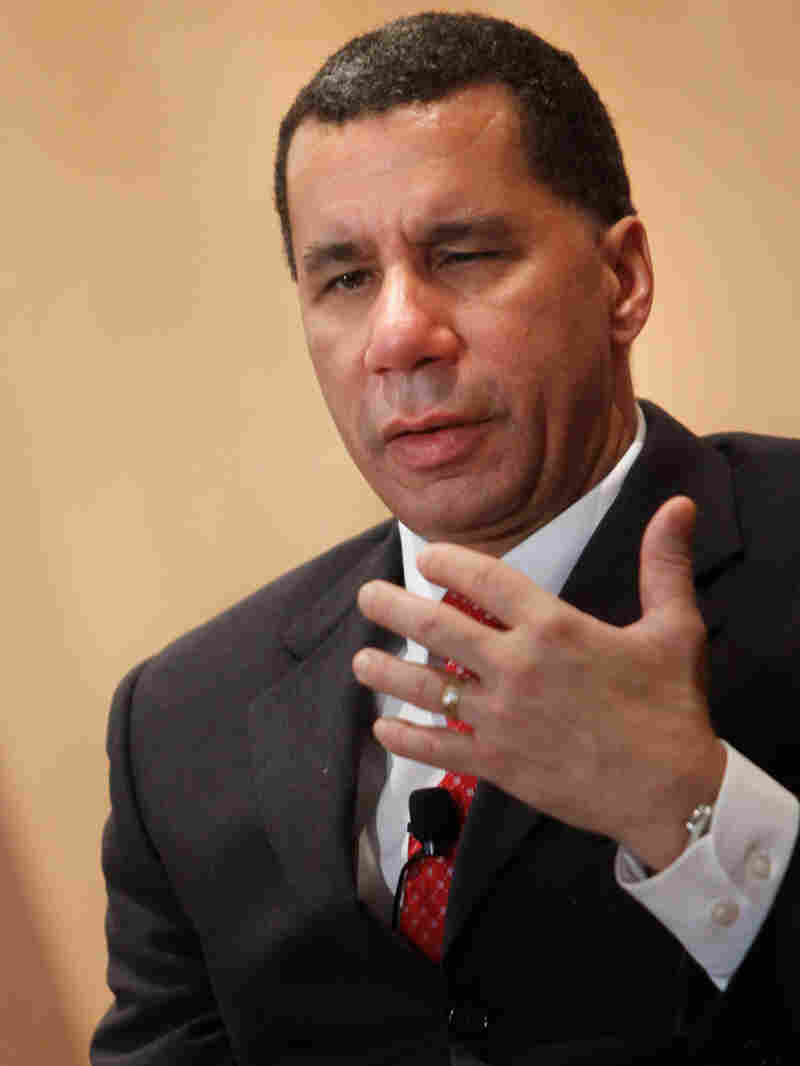 New York Gov. David Paterson speaks at a breakfast forum in New York, Monday, March 1, 2010. (AP Pho