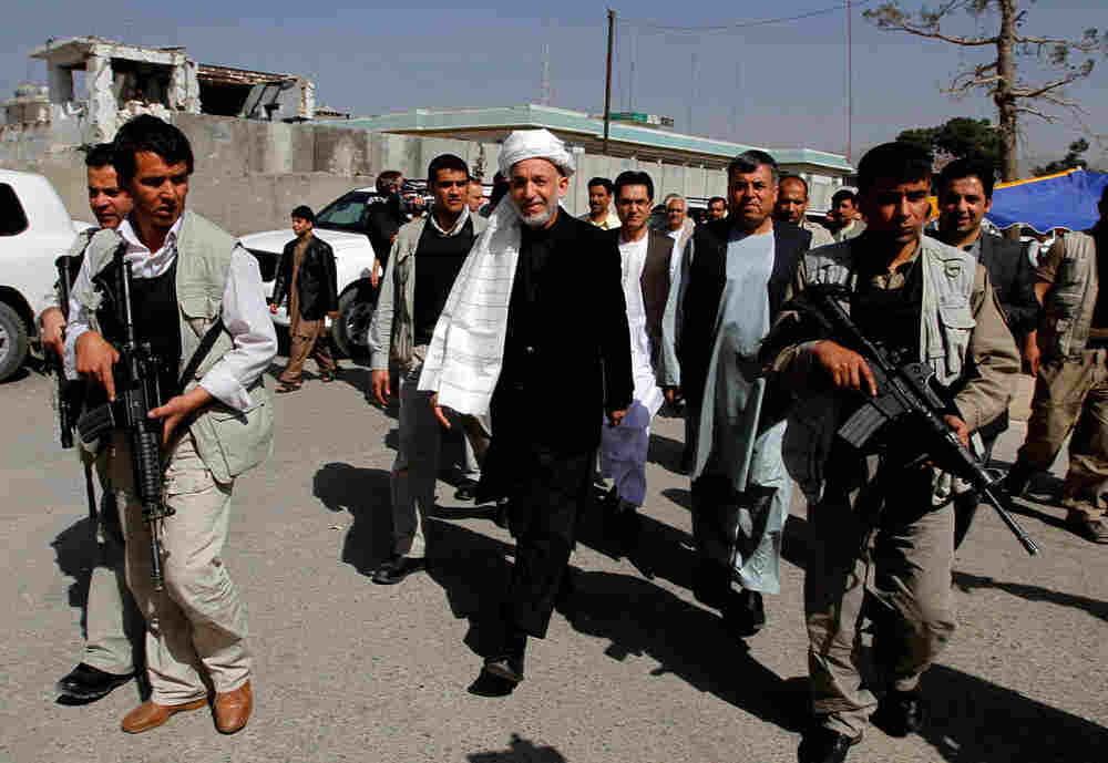 President Barack Obama could disinvite Afghan President Hamid Karzai from making a planned White Hou