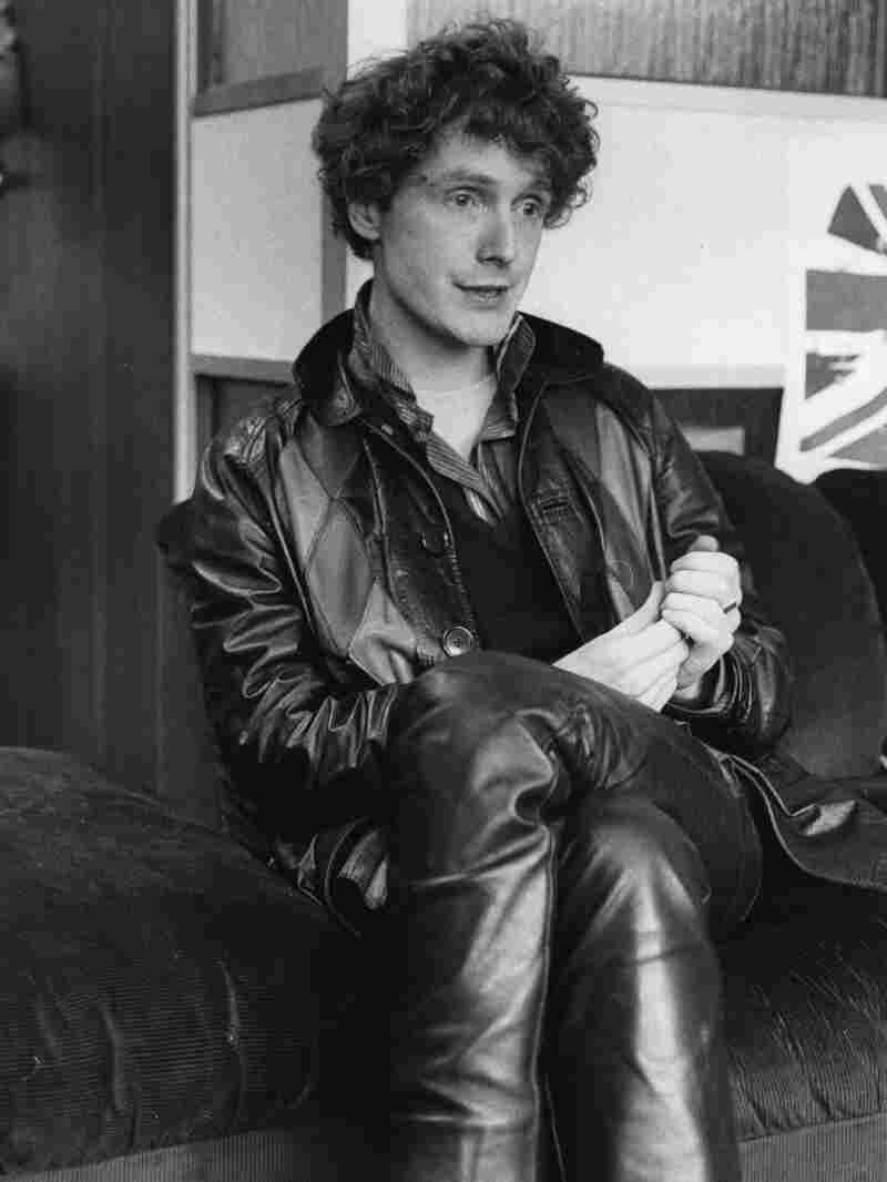Malcolm McLaren, manager of British punk band The Sex Pistols, in 1976. (Photo by Robin Jones/Getty
