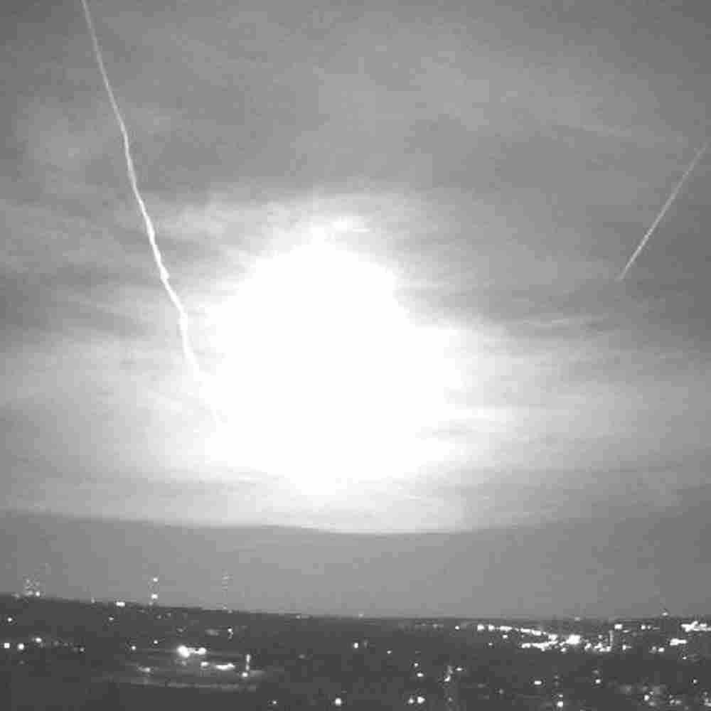 A meteor was sighted over much of the Midwest on April 14, 2010. This screen grab is from a Universi