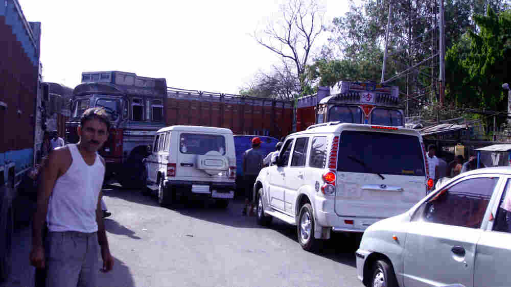 Stuck in a traffic jam in Jharkhand state, India, on the Grand Trunk Road. April 16, 2010. (Nishant