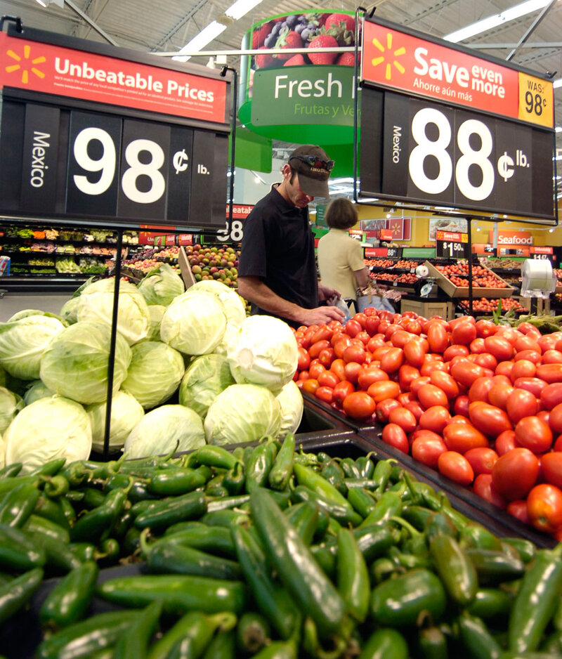U S  Doesn't Grow, Import Enough Fruit, Veggies : The Two