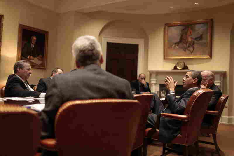 The president meets with his National Economic Council, including its director, Lawrence Summers (far left).