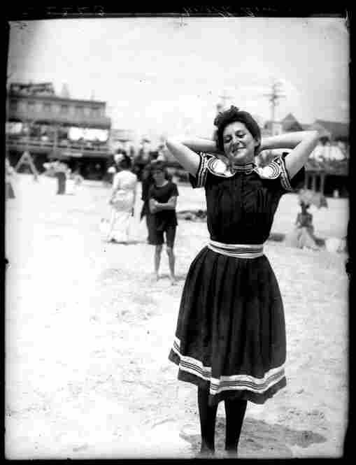 Photographer William M. Vander Weyde captured this Atlantic City Beach scene circa 1905. Image courtesy George Eastman House Collection