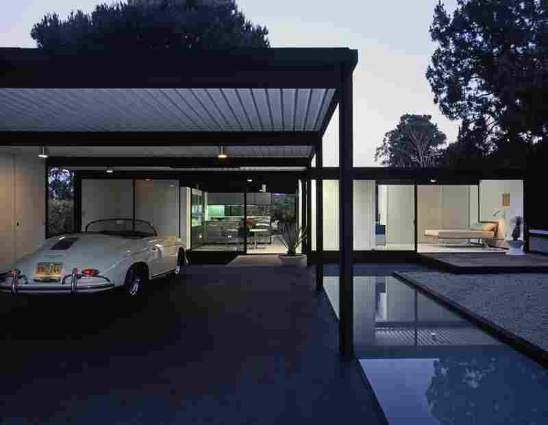 Case Study House No. 21, Hollywood.  This house was designed by the renowned American architect Pierre Koenig who also designed the house in Case Study No. 22.