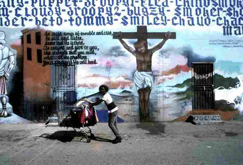 Crucifixion painted in an alley near Union Avenue, Los Angeles, 2007.  The mural, completed in 1990, was commissioned to bring peace to a high-crime area and was blessed b the local parish priest.