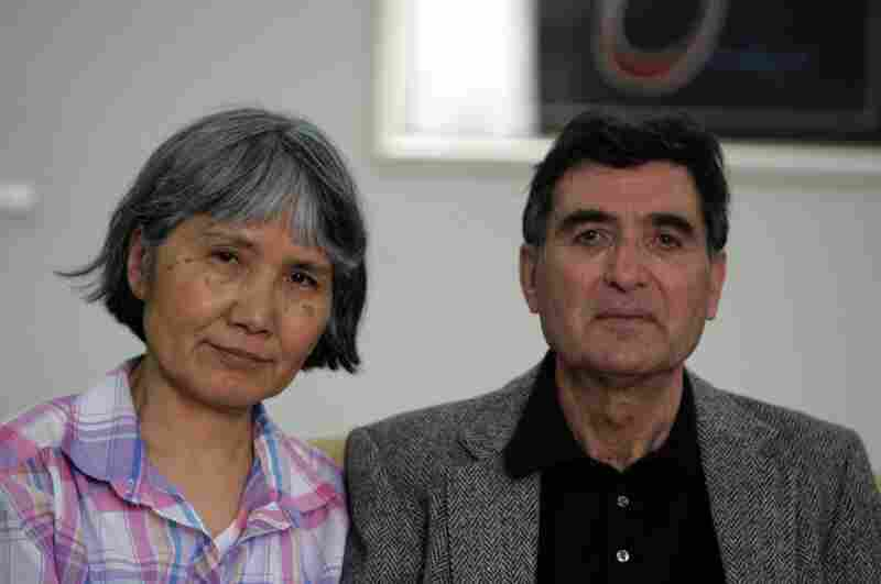 April 5:  Reza and Akiko Saberi, Roxana's parents, go to Iran to visit their daughter.  Three days later, Saberi is charged with espionage.  The trial takes place behind closed doors when it begins April 14.