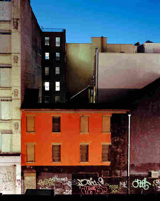 Rooftop, Grand Street, N.Y., 2005 (c) Maria Passarotti