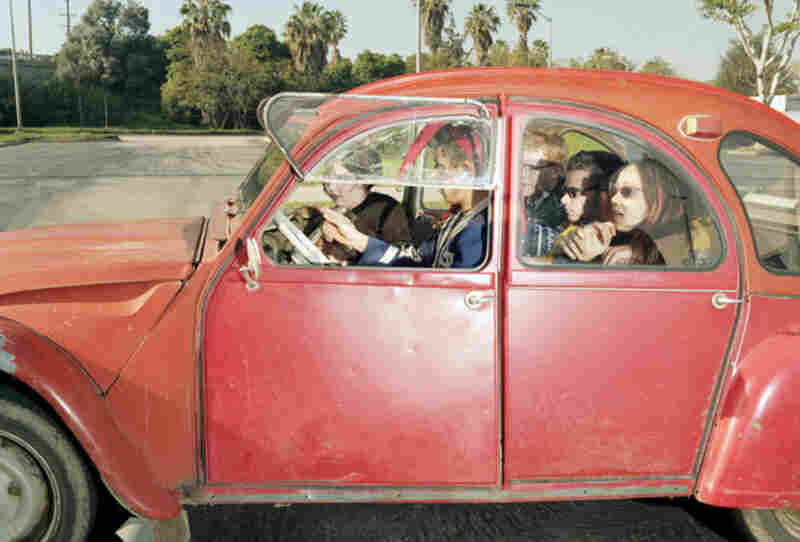 High school students facing north at 0 mph on Sepulveda Boulevard in Westwood, Calif., at 3:01 p.m. on a Saturday in February 1997