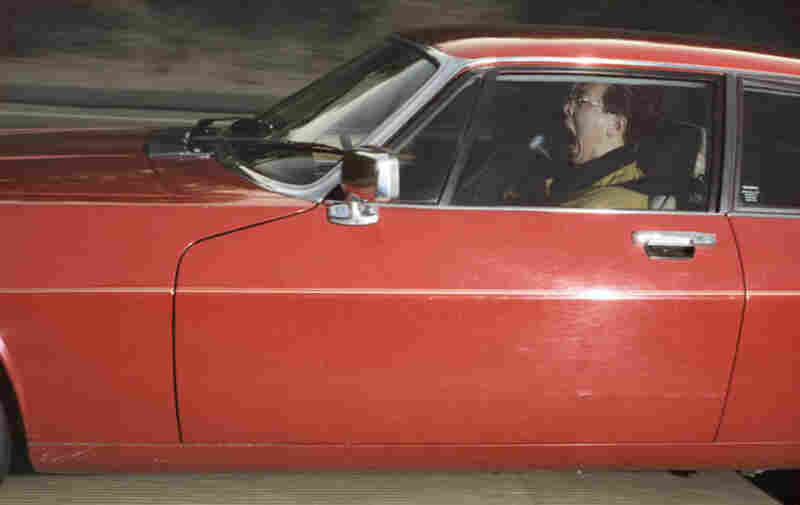 Man traveling 73 mph toward an overpass on a Tuesday morning outside Portola Valley, Calif., on an afternoon in March 1992